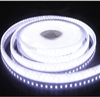 LED STRIP 12v  SMD 2835 120 LEDs/m 6000K/daglicht 5 meter rol * IP20 *PROFESSIONAL